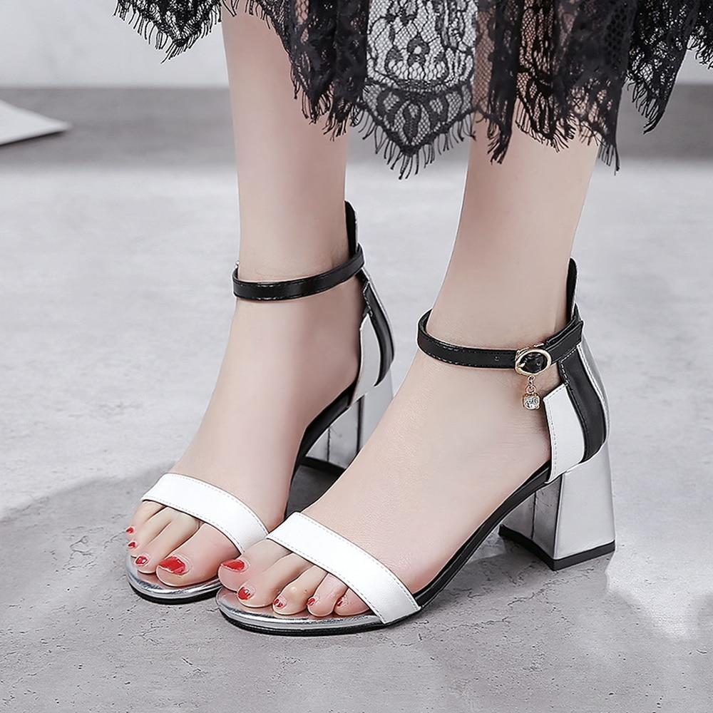 Grueso 2018 Hebillas Color silver Sexy Con Cómoda Nueva Lentejuelas Correa De Mujer Black Moda white Sandalias Metal Maduras Una Verano 87rwO8