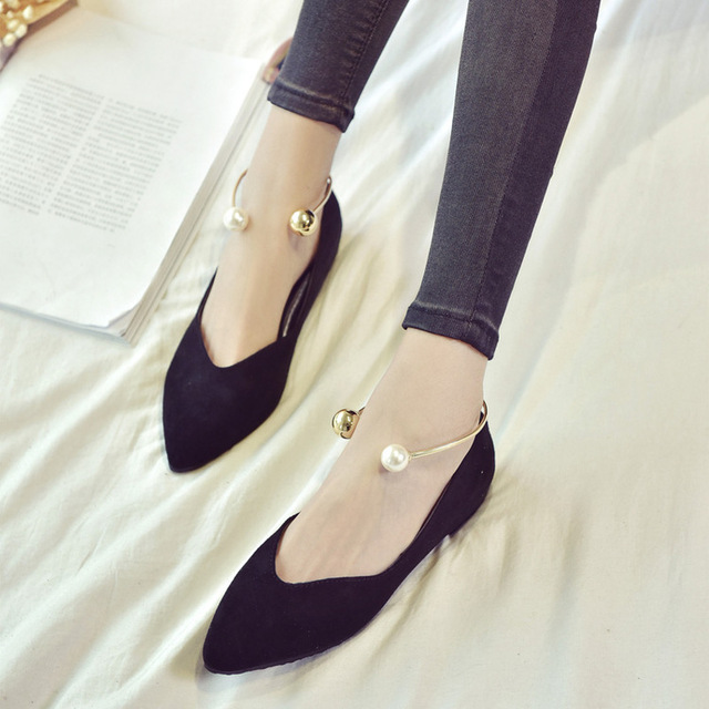 Women's Solid Suede Pearl Flat Heel Pointed Single Casual Shoes