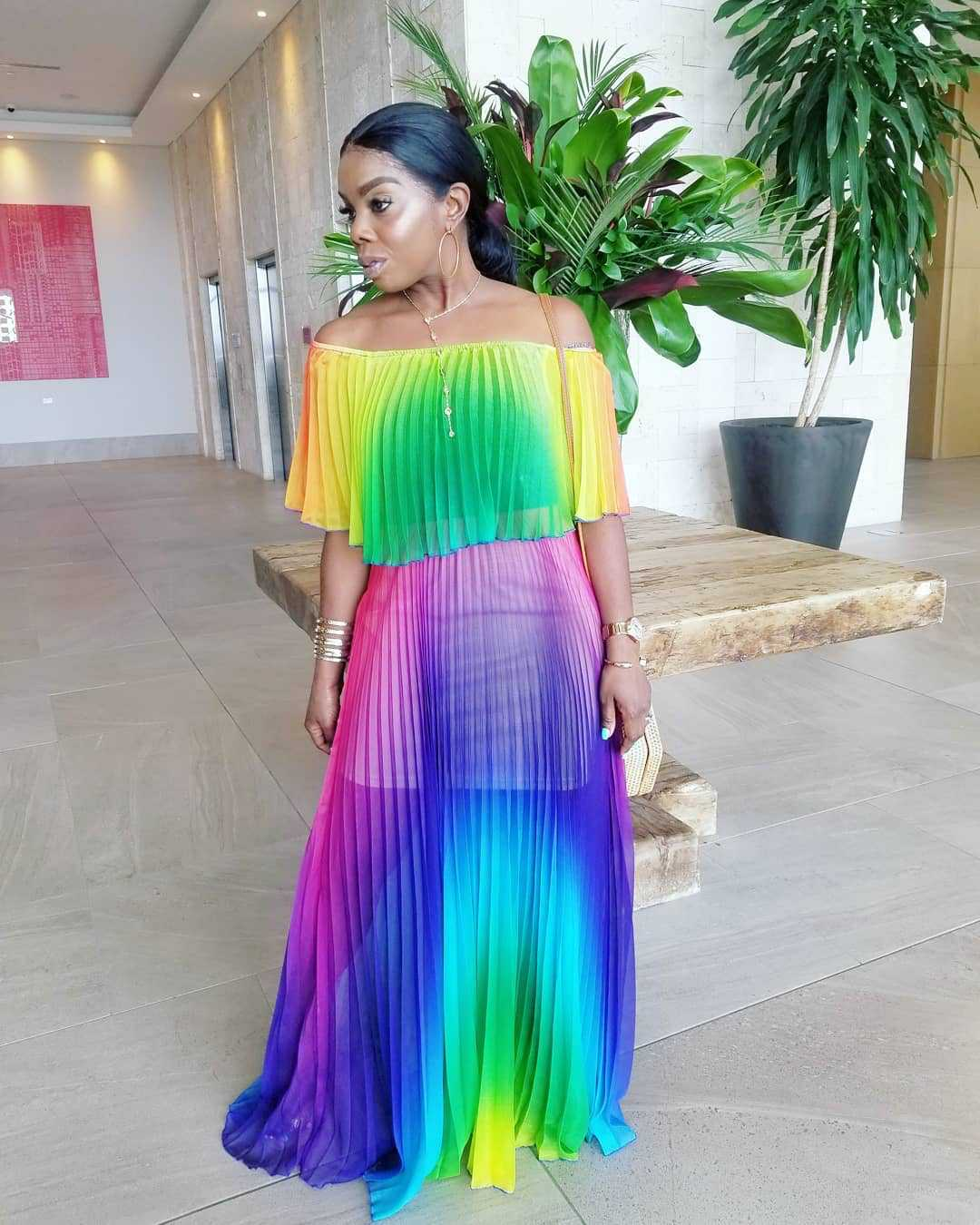 Off Shoulder Rainbow Color Elegant Women Dress Chiffon Summer Maxi Dress A-line Floor Length Femme Pleated Dress 2019 Vestidos