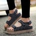 {D & H} Mais Size35-43 Treliça Sapatos Plataformas Sandálias de Verão Plana Chinelos Femme Sandale Mulheres Sapatos 2017 Os Recém-chegados