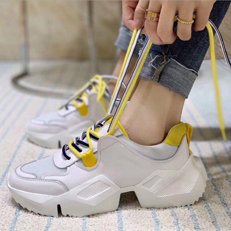 Di Spessore Fondo di Pizzo di Maglia Scarpe Da Tennis di Cuoio delle donne di Autunno della Molla di Nuovo Modo Confortevole Traspirante Morbido Corsa e Jogging Casual Bianco Scarpe-in Pumps da donna da Scarpe su  Gruppo 3