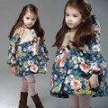 Frete Grátis flor roupas Para Crianças amassado jaqueta de inverno com um capuz espessamento de algodão-acolchoado casaco para as meninas
