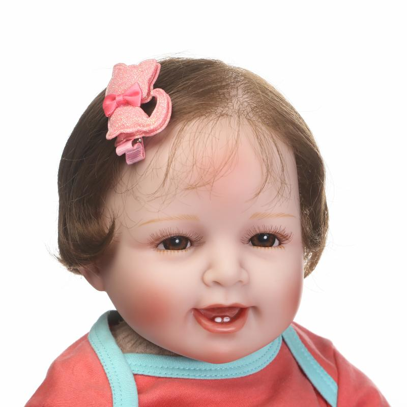 NPKCOLLECTION 2018 New Fashion Cotton Body Reborn Dolls Vinyl Silicone Newborn Baby Girl Realistic Looking Girl Gift Toy