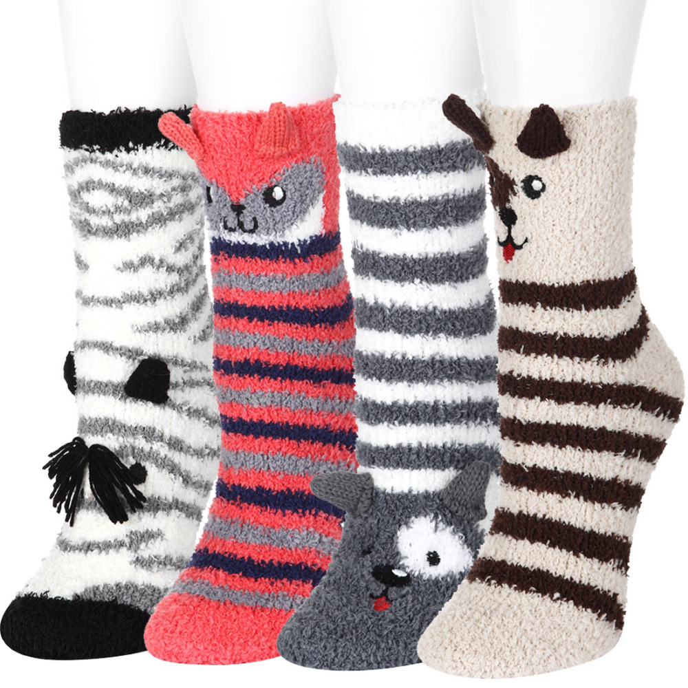 4 Pairs Women Casual Crew Socks Cute Warm Thermal Home Crew Socks Girls Indoor Floor Sleeping Bed Socks for Autumn Winter