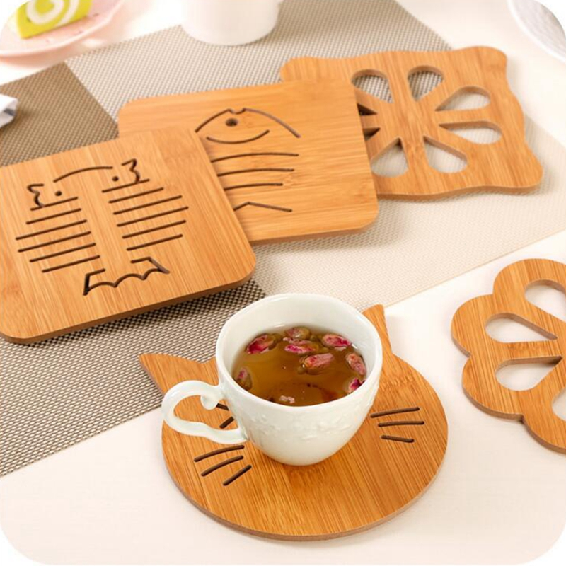 4Pcs Wooden Placemat Coaster Cartoon Animals Insulation Table Mat New Creative Stand Under The Hot Placemat for Dining Table in Mats Pads from Home Garden