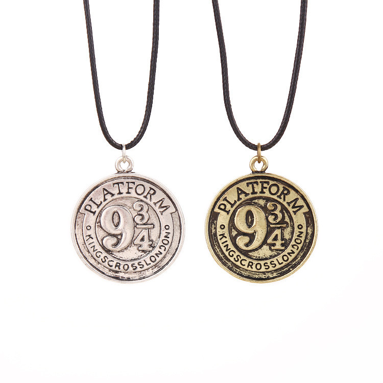 100 Pcs/lot Harri Potter Film Series Platform Retro Coin Pattern Of Three-fourths Rope 9 and 3/4 Necklace Pendants toy gifts