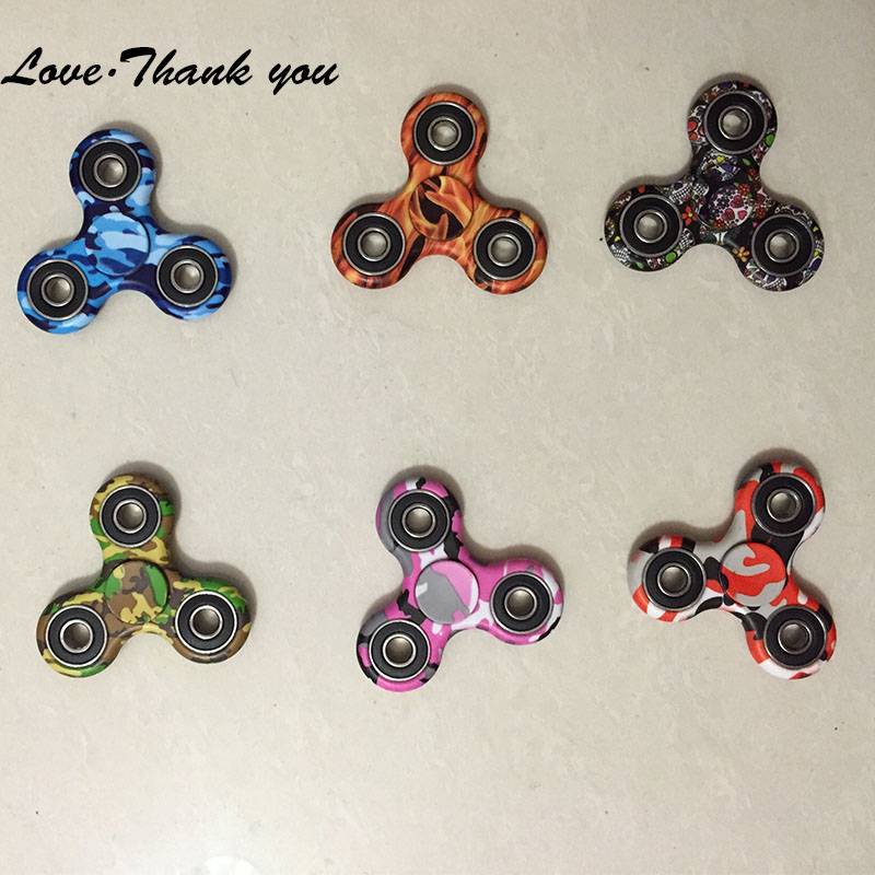100pcs/lot Fidget Spinner Camouflage Hand spinner Fidget Toys Unisex Fidget Spinner For Autism and ADHD Free DHL Tri Spinner