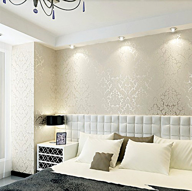Clic Damask Metallic Wallpaper Beige And Pearly White Shimmer Feature Glitter Wall Paper Wallcovering