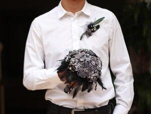 Image 5 - 8 인치 사용자 정의 신부 꽃다발, 고딕 블랙 깃털 브로치 꽃다발, 흑백 결혼식 꽃다발 보석