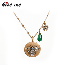 цены на KISS ME Long Necklace 2019 New Alloy Chain Green Natural Stone Teardrop Insect Pendant Necklace Fashion Jewelry For Women  в интернет-магазинах
