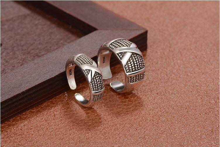 2017 new arrival hot sell fashion retro style Thai silver 925 sterling silver lovers couple rings jewelry wholesale gift in Engagement Rings from Jewelry Accessories