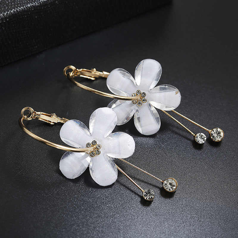 Korean Style Trendy Plastic White Flower Hoop Earrings For Women Girls Jewelry Boho Gold Metal Big Circle Rhinestone Earrings