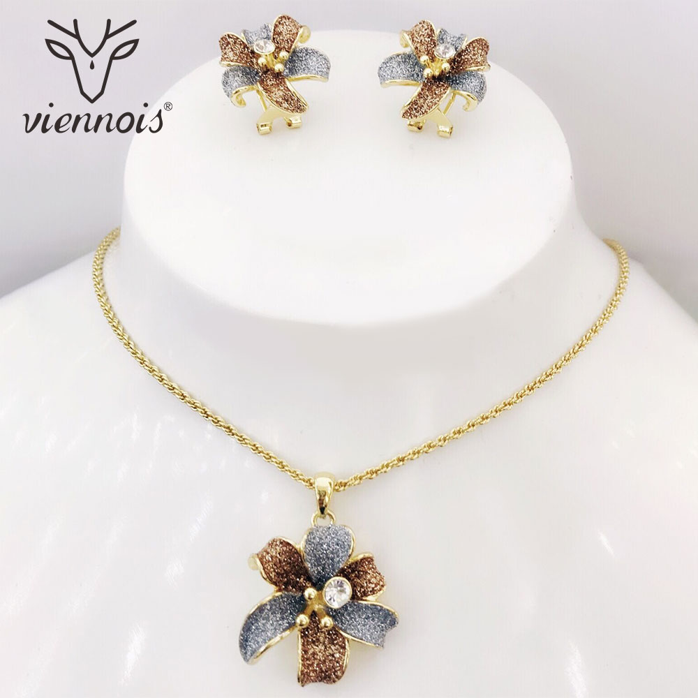 Viennois Gold Color Flower Drop Earrings Rhinestone Crystal Jewelry Set for Women Jewelry Sets starry pattern gold plated alloy rhinestone stud earrings for women pink pair