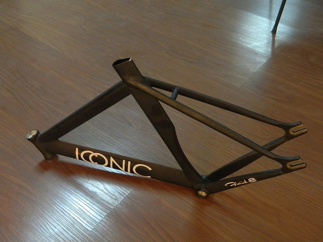 700c alloy track bike frame and fork with paint