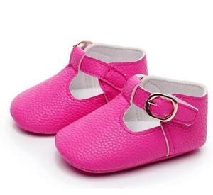 Gorąca sprzedaż noworodka mokasyny PU skórzane dziecięce buty dziewczęce miękkie podeszwy pierwszy walker księżniczka baletki 0-18M mary jane buty