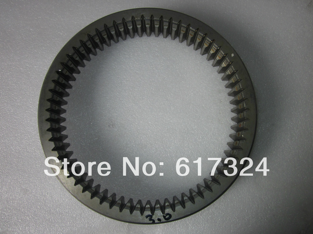YTO 904 tractor , the gear ring, part number: 5108749/1.141.543 yto 404 tractor the seat bearing differential rh part number e300 38 177