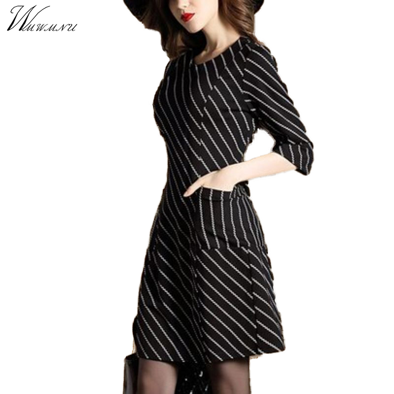 WMWMNU2018 spring and summer new seven-point sleeve striped retro print dress Slim large yards a word dress