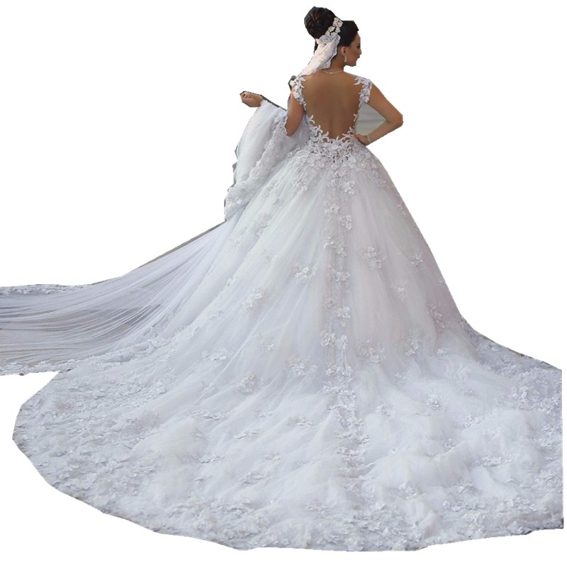 Image 2 - Vestido de noiva princesa luxo Backless Sweetheart Lace Wedding Dress See Through Royal Tail Luxury Bridal Dress Robe de mariee-in Wedding Dresses from Weddings & Events