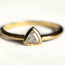 Ring For Women 0.25 carat trillion cut 18k solid yellow gold Diamond jewelry Engagement wedding fashion bague(China)