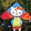 O envio gratuito de alta qualidade hellokitty linha linha de pipa weifang kite 10 pçs/lote com alça haste da mosca spongbob brinquedos fábrica pipa hcx
