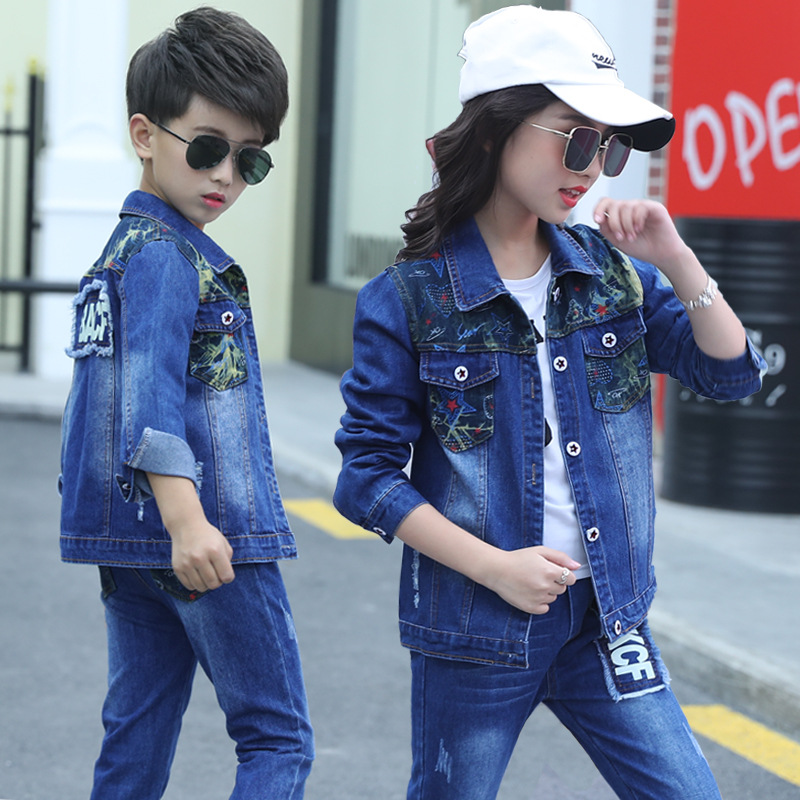 2018 Boys Cowboy suit Spring and Autumn new girls two piece letter version of the camouflage in the big boy body suit jean set in Clothing Sets from Mother Kids
