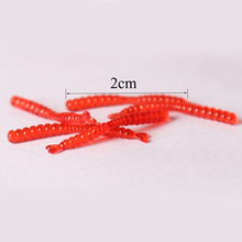 hot-selling 200pcs Smell red worm lures 2cm soft bait carp fishing lure set artificial fishing tackleFREESHIPPING