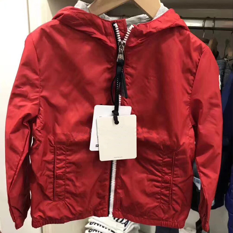 цена на Kids red Jackets Hoodie Boys windproof Outerwear Children Autumn Fashion hooded Jacket Windbreaker Children's Clothing