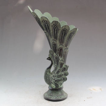 China Old Fengshui Bronze Lifelike Peacock Vase Pot Statue