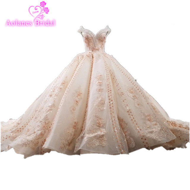 84520907 New Luxurious Lace Appliques Beaded Crystals V Neck Puffy Wedding Gown  Champange Wedding Dress Wave Skirt 3D Flower Bridal Dress