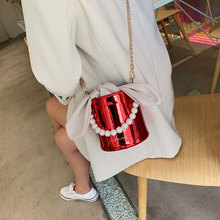 2017 new female bag bucket bag korean simple fashion satchel all match bulk bag New small bag female 2019 new fashion foreign cute bucket bag Korean version of the wild chain shoulder Messenger bag