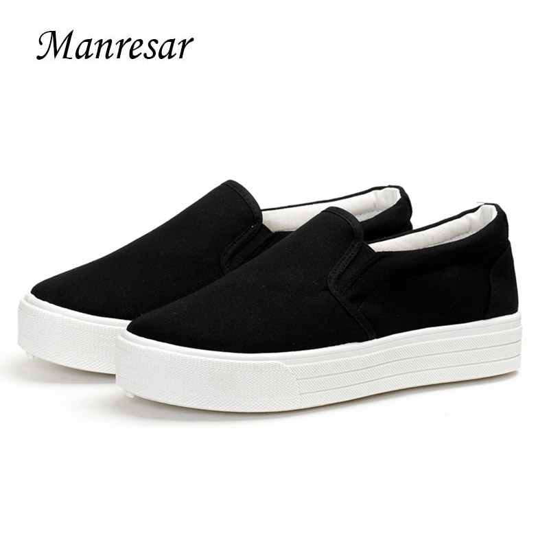 Manresar 2017 Women Flat Shoes Slip-on Canvas Women Fashion Casual Shoes Women Canvas Platform White and Black Classic Shoes