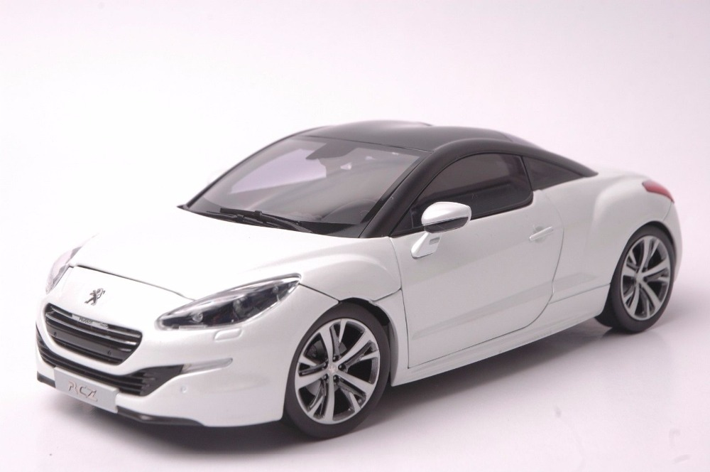 1:18 Diecast Model for Peugeot RCZ R 2012 White Coupe Alloy Toy Car Miniature Collection Gift XKR S 2015 new odyssey mpv origin 1 18 car model alloy fifth generation pearl white business car toy collection discast gift