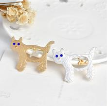 Jisensp New Arrival Animal Metal Pins Fashion Lovely Cat Fish Costume Brooch Pin for Women Clothing Accessories Jewelry Broches