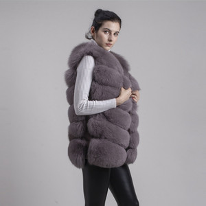 Image 2 - QIUCHEN PJ8049 2020 New arrival Hot Sale real Fox Fur Vest Authentic Fashion Perfect With High Heels Quality Solid