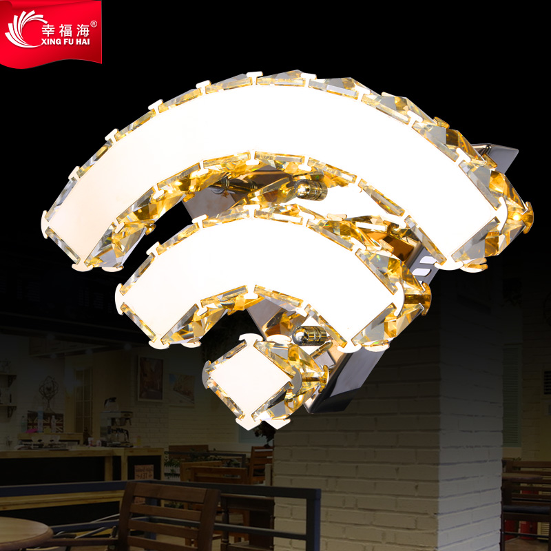 Happy sailor hall wall lamp modern minimalist bedroom bedside lamp wall lamp LED aisle stairs personality modern lamp trophy wall lamp wall lamp bed lighting bedside wall lamp