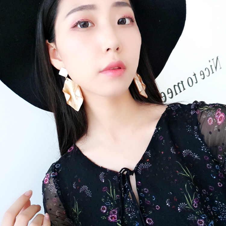 유럽과 미국의 큰 브랜드 마니 유행 귀고리 기하학 아가일 수지 복고풍 독점 귀걸이 여성을위한 도매