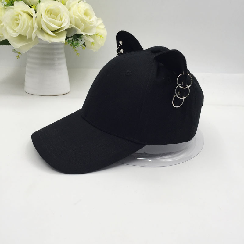 the new British men and women joker cotton   baseball     cap   cat ears equestrian travel   cap   hat metal ring