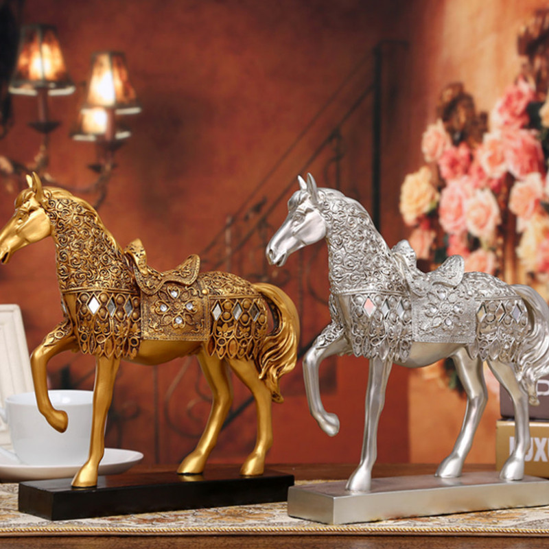 Creative Resin Animal Horse Home Decoration Crafts Gold Horse Statue Living Room Home Decoration Lucky Horse Home Giftdecoration