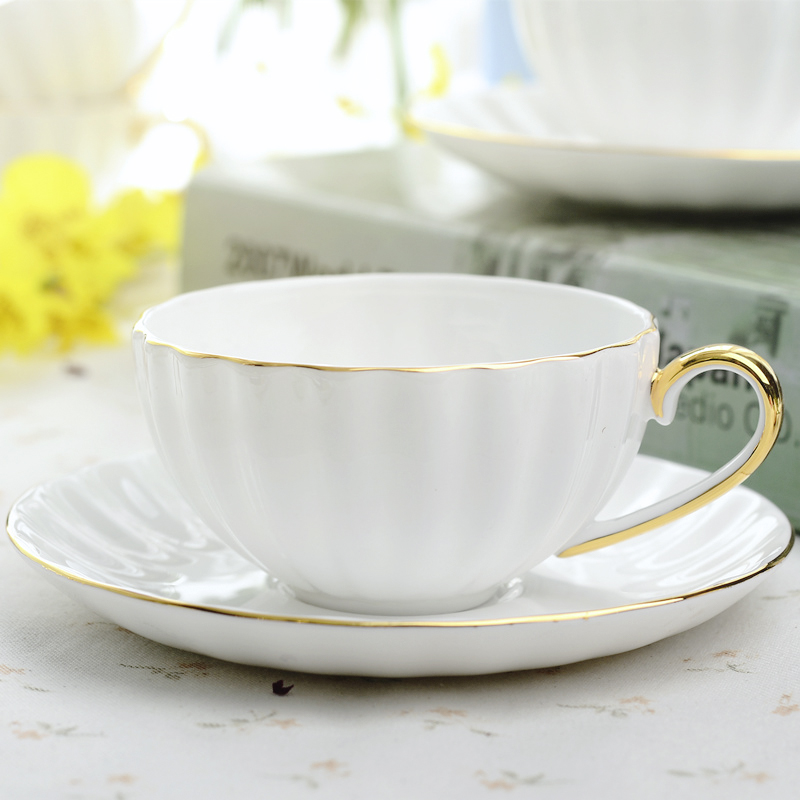 Us 13 73 31 Off Yolife Bone China Pumpkin Coffee Ceramic Tea Cups Saucers Set White Porcelain Golden Rim Espresso Cup For Gift In