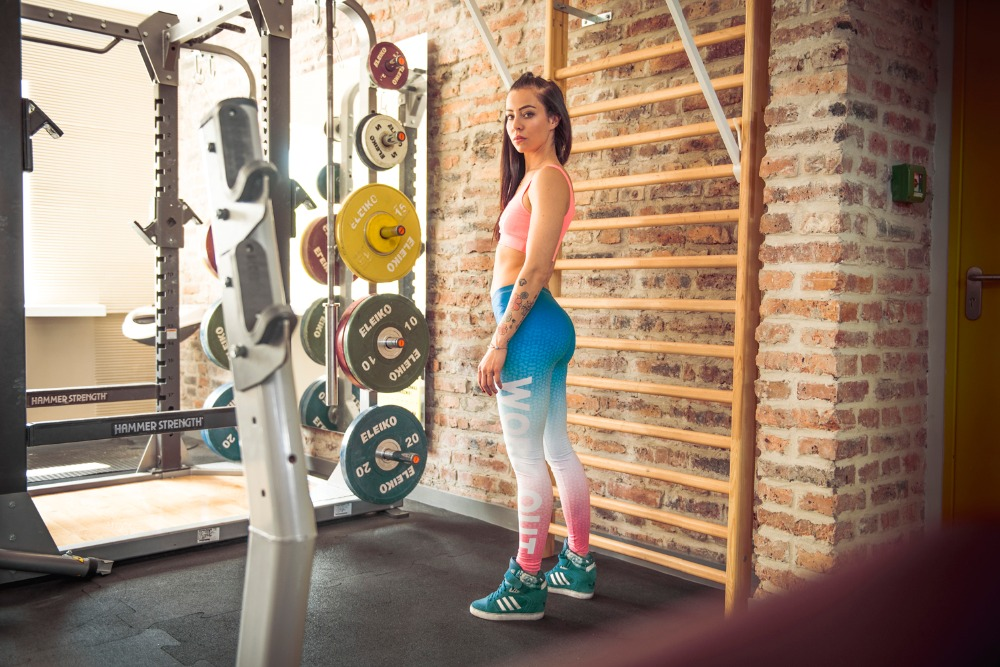 44834-work-out-ombre-blue-and-pink-09
