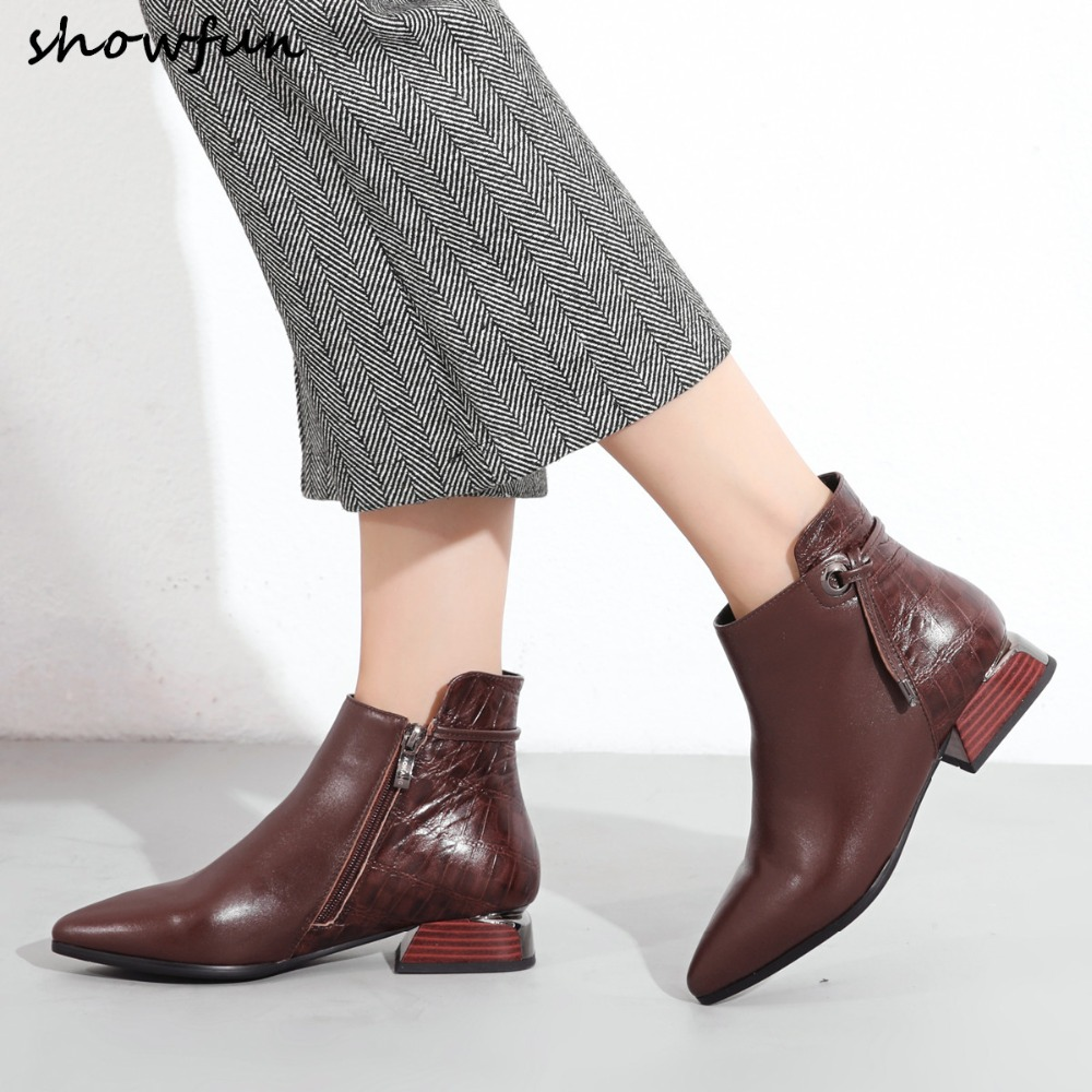 Womens genuine leather autumn ankle boots patchwork fashion warm plush flats boots high quality short booties leisure shoes hotWomens genuine leather autumn ankle boots patchwork fashion warm plush flats boots high quality short booties leisure shoes hot
