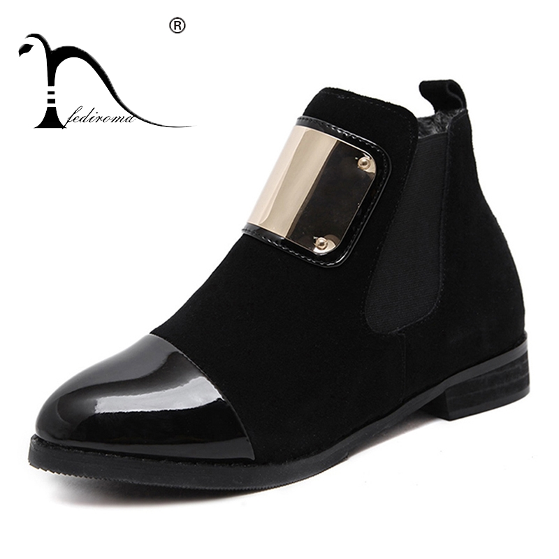 النساء أحذية جلد طبيعي شقة مارتن الكاحل أحذية الانزلاق على المرأة الأحذية الجلدية الخريف أحذية النساء الشتاء براءات أحذية جلدية