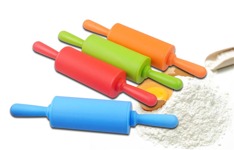 RED Mini Silicone Rolling Cylinder Rolling Pin *NEW*
