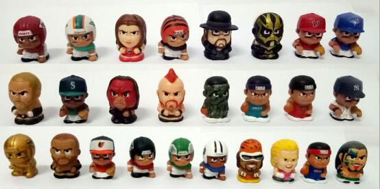 100pcs 2cm Wrestler Baseball Man Basketball Doll Micro Landscape Series Doll PVC Toys Gifts For Kids
