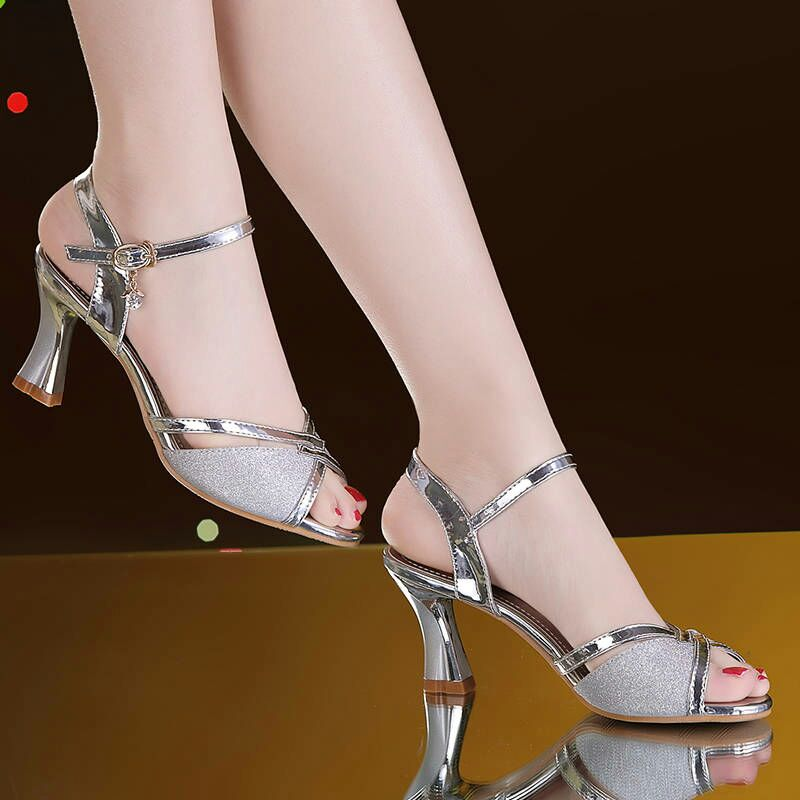 HTB1pmjSa.Y1gK0jSZFMq6yWcVXaO Women Sandals 2019 Summer Shoes Woman Dress Shoes Bling Weddging Shoes Silver High Heels Pumps Ladies Shoes zapatos mujer 7217