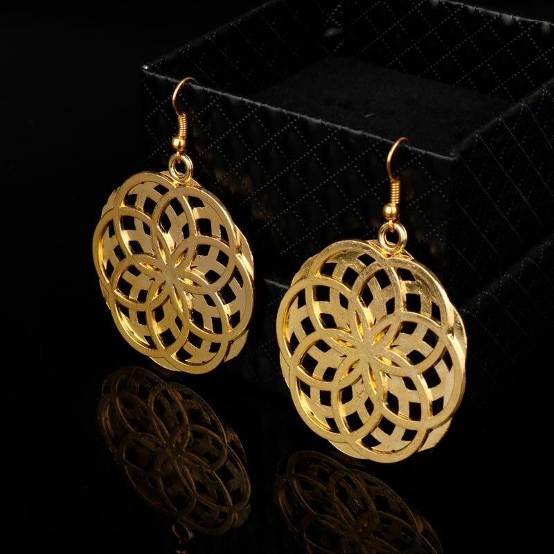 dongsheng 2018 Gold Filigree Cutout Clover Motif Statement Earrings for Women Jewelry Knot Velvet Hollow Coin Floral Earrings-15