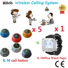 Bezprzewodowy kelner wywołanie systemu restauracja otrzymać telefon zwrotny od CE przeszedł w tym zegarek odbiornik K-300plus i Bell (1 zegarek + 5 otrzymać telefon zwrotny od przycisk) tanie tanio K-300plus+K-M Ycall Wireless Waiter Call System 433 92mhz 60*60*35mm one year 200-300M in open area 50*41*16mm 4-digit number