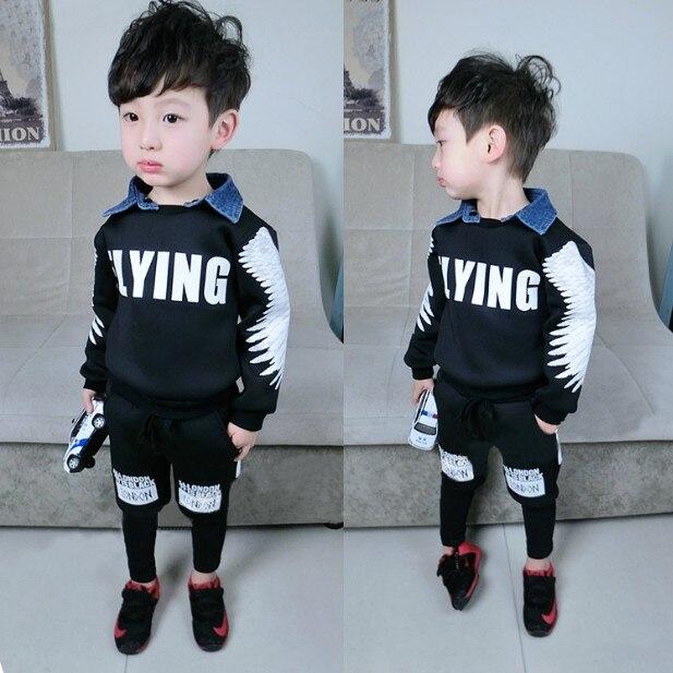 Desgaste de los niños 2018 primavera otoño niños ropa conjunto niños Denim  empalme ropa 2 piezas bebé traje de deporte chándal de G548 en Sistemas de  la ... 26971ff4f3f02