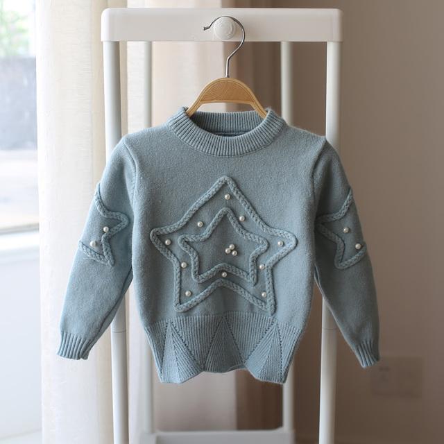 Nuevo 2017 primavera y otoño nuevo estilo de dibujos animados niñas puntas de punto suéter del bebé del suéter de los niños