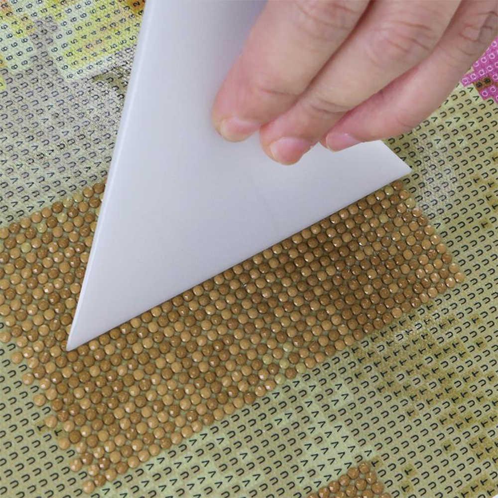 1 PC Branco Pintura Diamante Ferramentas de Correção de Desenho Acessórios Adjusterd Corrector Para Kits de Pintura de Diamante Ferramentas de Correção